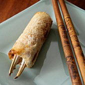 Crab net roll with chop sticks