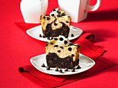 Chocolate chip cakes with cream