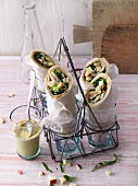 Turkey breast wraps with apple, romaine lettuce and cashews (Sirtfood)
