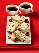 Shortbread with white chocolate and cranberries