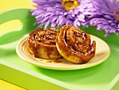 Sticky buns with honey and spices
