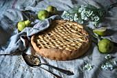 Pear and hazelnut tart (vegan)