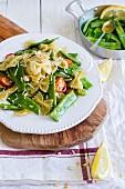 Nudelsalat mit grünen Bohnen und Zitronenvinaigrette