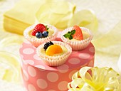 Mini fruit cheesecakes