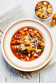 Minestrone with croutons