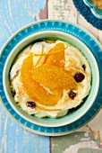 Semolina pudding with oranges and raisins