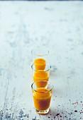 Mango-Chili-Shot mit Limette