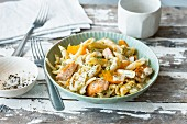 Penne with salmon and fennel sauce