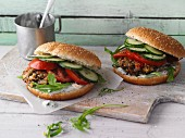 Lentil burgers with feta cream