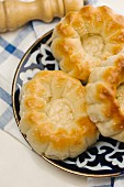 Little quark cakes with sesame seeds