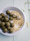 Spirulina and almond balls with dates