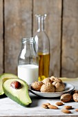 LCHF for veggies - vegetable oil, avocado and nuts