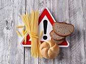 Achtung: Kohlenhydrate (Brot, Brötchen und Nudeln)