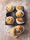 Savoury muffins with seeds and oats