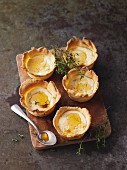 Savoury tarts with soft goat's cheese
