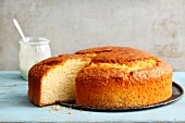 Quick and easy yoghurt cake