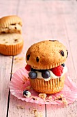Bruffins (a mix between muffin and brioche) with cream cheese and berries