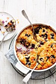 Dump cake with blueberries and tinned pineapple