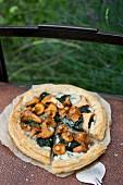 Blätterteig mit Spinat, Gorgonzola und Pfifferlingen