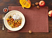 Autumnal pumpkin goulash with rice