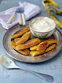 Fried bananas with orange cream