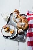 Spelt dumplings with apricot jam