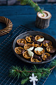 Florentines with dark and white chocolate (Christmas)