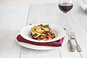 Maccheroni-Gratin mit geschmortem Rindfleisch aus der Provence