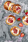Rhubarb and strawberries yeast buns