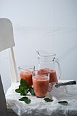 Rhubarb and strawberry smoothies with fresh mint