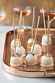 Cake pops with white chocolate