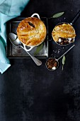 Steak pie with blue cheese