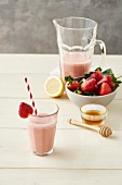Strawberry milkshake with honey