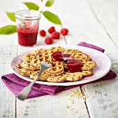 Wholemeal waffles with raspberry sauce