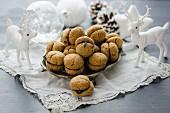 Baci di Dama (Italian macarons) for Christmas