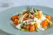 Fenchelsalat mit Schalotten, Clementinen und Dill-Dressing