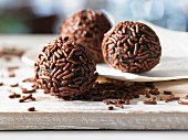 Rum truffles with chocolate vermicelli