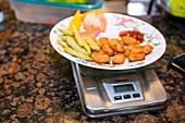 Weighing food in type 1 diabetes