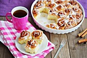 Cinnamon rolls served with tea
