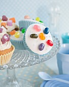 Cupcakes with candies
