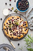 Blackberry and almond cake with rosemary