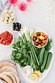 Zutaten für griechischen Hähnchensalat