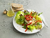 Lettuce with baked feta and peppers