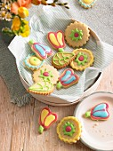 Shortbread cookies with icing for brunch