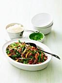 Lammfleisch mit Gemüse und Hoisinsauce