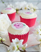 Cupcakes with buttercream and painted roses