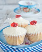 Cupcakes with buttercream and fruit jellies