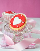 Cupcakes with fondant heart icing