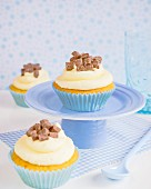 Cupcakes with buttercream and caramel cubes