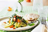 Vegetable salad with baguette